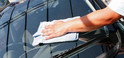 pulizia cristalli auto
